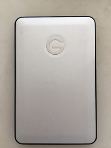 G Drive Mobile USB 1 TB w/ USB cable