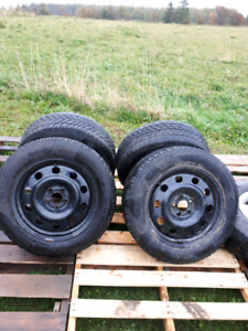 """2014 Ford Escape 17"""" Studded Winter Tires c/w Rims"""