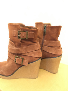 Wedge Ankle Boots (37) 10/10