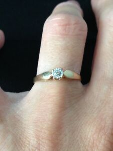 10 K Gold RIng with Diamond accent London Ontario image 1