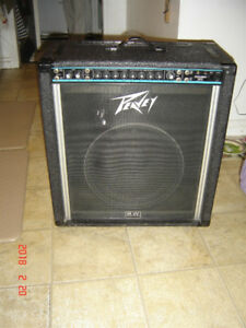 "Peavey Combo 300 Amplifier - SWEET!! 300 Watt 15"" Woofer"