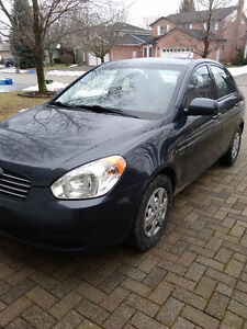2010 Hyundai Accent Sedan SAFETIED, E-TESTED, LOW Kms