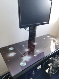 Solid Computer Tv Desk With Screen Bracket Screen included.
