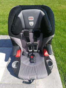 Britax Frontier XT car seat, nice and clean