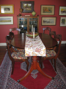 SOLID WALNUT DOUBLE PEDESTAL DINING TABLE