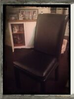 Black Classic, Clean Diningroom Chairs