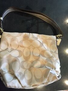 Coach purse, excellent used condition
