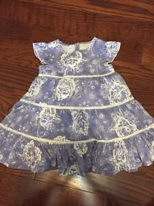 Newborn-3 month baby girl clothes (7 items)