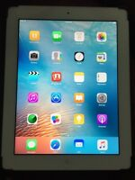 iPad 4th generation 16 GB with leather case like new