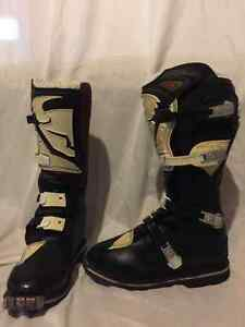 Motocross-Dirt bike-ATV boots size 8
