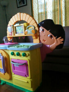 Fisher-Price Dora's Talking Kitchen just for $35