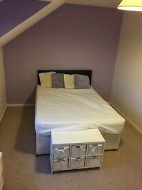 Double room to rent on the outskirts of Newton Abbot