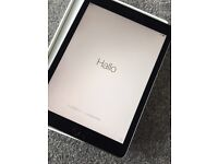 """iPad Pro 32gb wifi + cellular 9.7"""" space grey NEVER USED"""