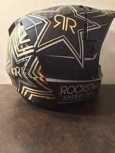 Fox Rockstar V4 Helmet (Carbon Fiber)*REDUCED