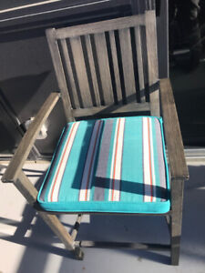 Bistro Patio set 3 pc table and chairs- must go!