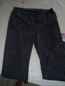 Addition-Elle pantalon noir