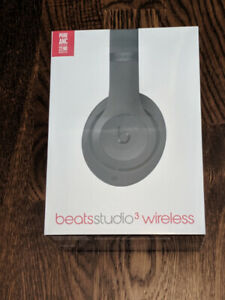Beats Studio 3 Wireless Headphones - BNIB