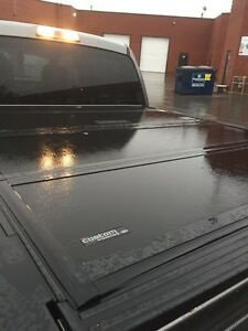 Ford F-150 Tri-fold tonneau cover short box