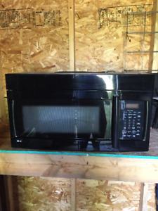 LG BLACK OVER THE RANGE MICROWAVE WITH HOOD FAN
