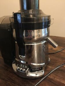 Juicer - Kuvings two speed centrifugal with particulate bin. Kitchener / Waterloo Kitchener Area image 2