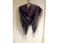 Scarf silver and purple