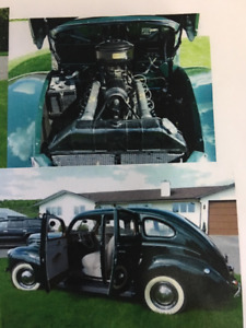 Classic 1939 FORD sedan with suicide doors fully restored