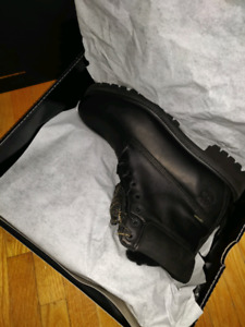 BRAND NEW SZ 11.5 OVO TIMBERLANDS BLACK WITH ALL BAGS