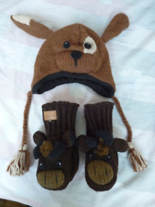 Brand New Kyber Outerwear Wool Doggy Hat and Moose Gloves