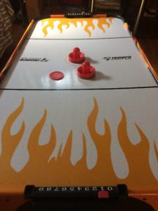 Triumph Sports air hockey table