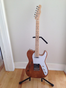 Guitare modèle Telecaster Thinline guitar model / NOT a fender