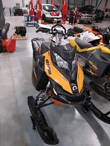 2014 Skidoo summit xm 800 etec 163  Tmotion