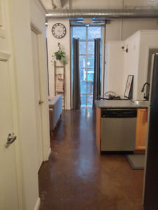 Looking for a Roommate in a 2 Bedroom Condo