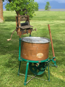 Antique Copper hand operated Ringer/Washer