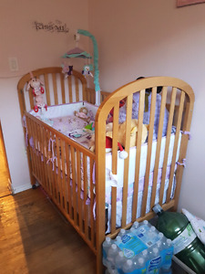 Baby crib and change table/dresser