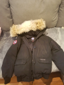 Negotiable Canada goose women's large