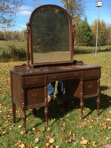 Evening Estate Auction - THIS THURSDAY Oct 27 ALL ARE WELCOME