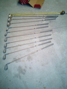 Women's / Kids set of Golf Clubs- $20