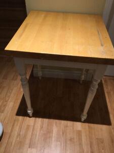 Table de boucher / d'appoint