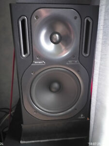speakers & sub woofer