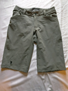 "28"" Chrome Industries bike shorts"