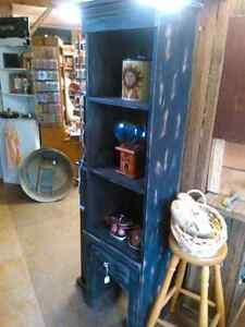Pantry's cabinets shelves