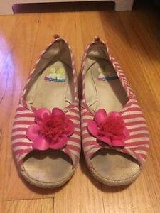 Girls Shoes Size 5.5 Youth St. John's Newfoundland image 3