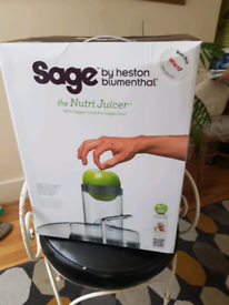 SAGE Juicer BJE410 UK