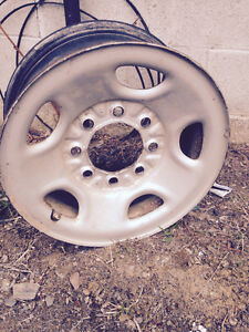 2004 Chevy GMC rims