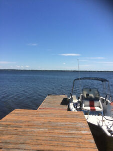 Cottage Rental - Waterfront, 3-bedroom, great location