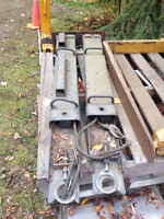 Stabilizers for bobcat