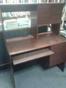 Desks at The Meetinghouse! Windsor Region Ontario image 2