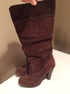 Michael Kors size 7 suede boots