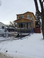 314 Linden Ave. New home in a great neighbourhood!!!