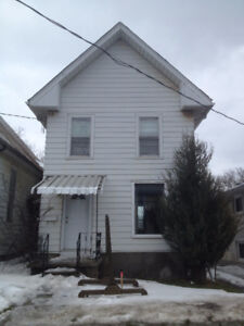 3 Bedroom Student Home - 267 Division St